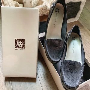 AK Anne Klein Women's Evolved Patent Loafers 9.5 M